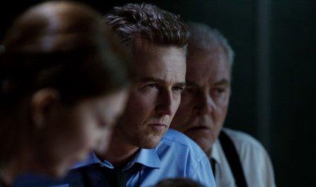 Edward Norton en una escena de El Legado de Bourne