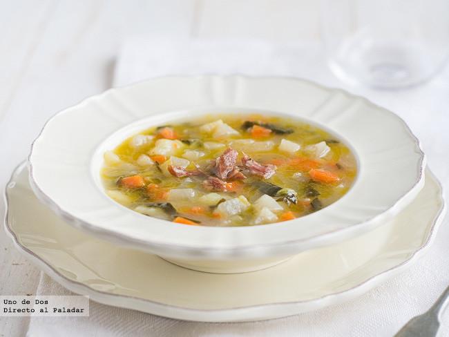 Receta de sopa huertana, un clásico que siempre apetece