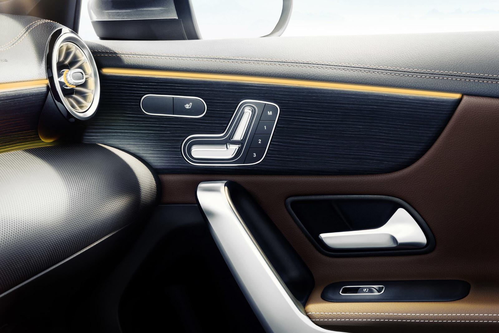 Foto de Mercedes-Benz Clase A 2018: impresiones del interior (10/28)