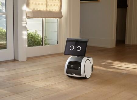 Astro es el robot de Amazon que quiere servir de asistente sobre ruedas y llevar a Alexa a todos los rincones de casa