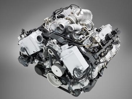 Motor 4.4 V8