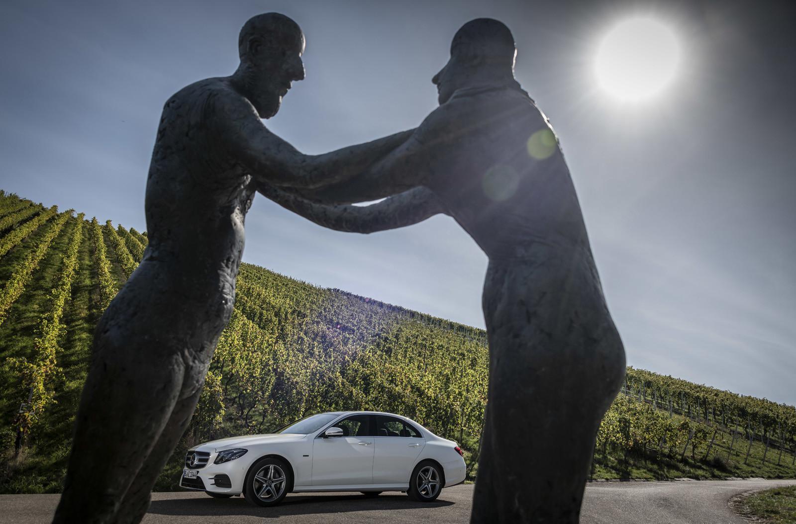 Foto de Mercedes-Benz E 300 de (presentación) (32/47)