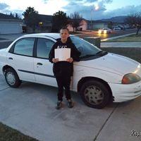 Un adolescente de 13 años vende su videoconsola para comprar un coche a su madre
