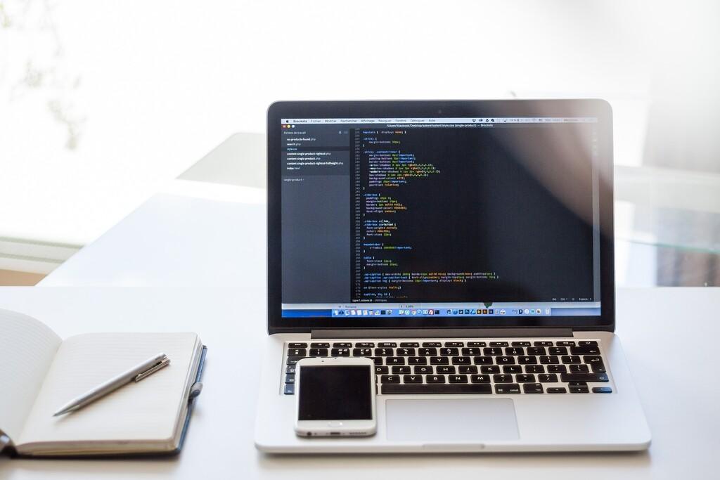 'Esta es una página web', el sitio que nos recuerda que lo fundamental de la web, más allá del diseño, son las palabras