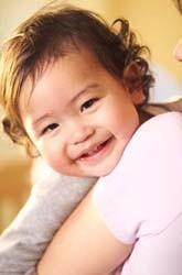 Los bebés que al año no responden a su nombre podrían padecer autismo