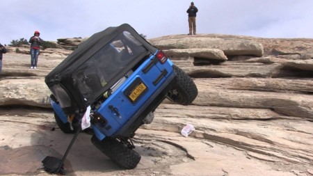 ¿Pero tú sabes de lo que es capaz mi Jeep Wrangler? Graba, graba, que te lo demuestro
