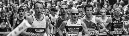 Los ejercicios básicos de fuerza que no te pueden faltar en el gimnasio si eres runner