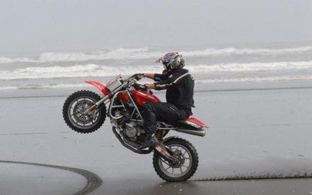 Ducati 999, para los amantes del enduro