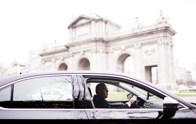 Uber ya está disponible en Madrid con conductores con licencia VTC