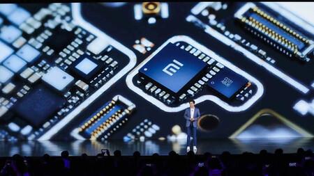El CEO de Xiaomi estima que la escasez de chips podría aliviarse a finales del primer semestre del año