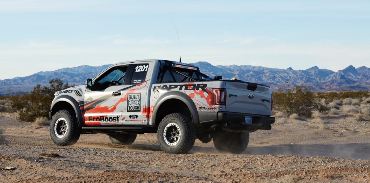 13 fotos más de Ford F-150 Raptor Foutz Motorsports