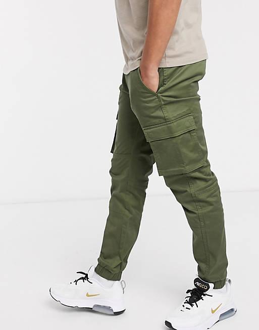 Pantalones cargo khakis