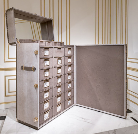 Jimmy Choo 20th Anniversary Limited Edition Shoe Trunk 03