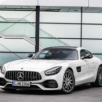 La gama Mercedes-AMG GT 2019 estrena cuadro de instrumentos digital y ligeros cambios estéticos