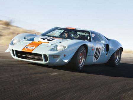Adjudicado el Ford GT40 Gulf de Steve McQueen: 11 millones bien valen un repaso a su leyenda