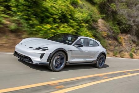 A producción el Porsche Mission E Sport Turismo: guayín, eléctrica, deportiva; una combinación única