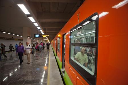 """El internet en el Metro de Ciudad de México llega a las líneas 8 y 9, ya son seís líneas con WiFi """"gratis"""""""