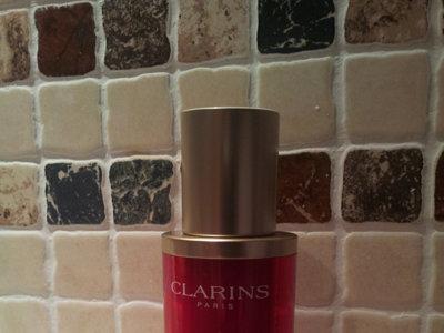 50+ y fabulosa con el sérum Supra Lift Remodelant de Clarins