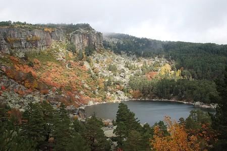 1083px Laguna Negra Sierra Urbion