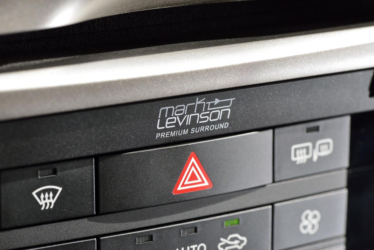 Foto de Lexus GS 300h (30/153)