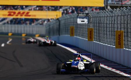 Dean Stoneman asombra y comparte la gloria de la GP3 en Sochi con Patric Niederhauser