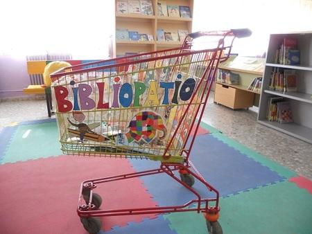 La historia de una biblioteca sobre ruedas que lleva el saber y las aventuras a los alumnos