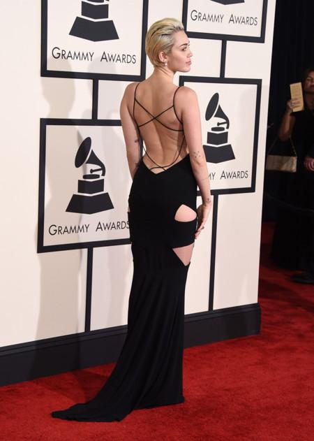 Miley Cyrus Grammy 2015 Espalda