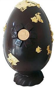 Huevo de Pascua hecho con oro y excentricidad