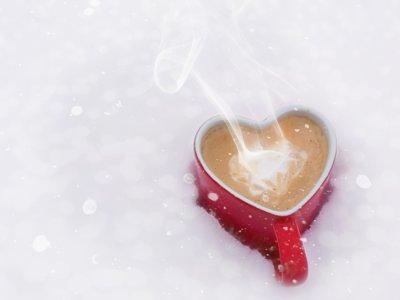 Cinco aplicaciones (y algunas herramientas más) para ponerle la chispa a vuestro San Valentín