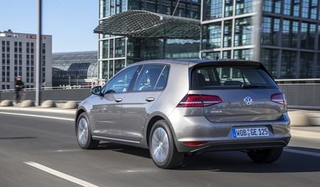 Volkswagen e-Golf gris 30