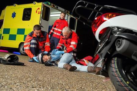 Ambulancia En Carretera
