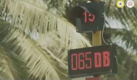 Si pitas, se pone rojo: Mumbai ha instalado semáforos acústicos para reducir el ruido en sus calles