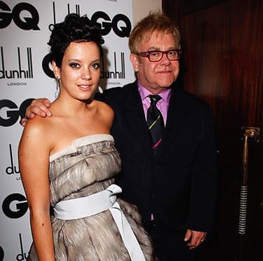 Lily Allen y Elton John enfrentados en el escenario