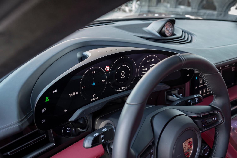 Foto de Porsche Taycan prueba contacto (73/275)