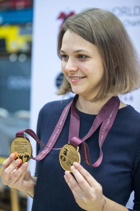 Ella ha renunciado a defender sus títulos mundiales de ajedrez en Arabia Saudí por el machismo del país