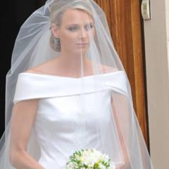 Foto 6 de 19 de la galería todas-las-imagenes-del-vestido-de-novia-de-charlene-wittstock-en-su-boda-con-alberto-de-monaco en Trendencias