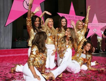 Victoria's Secret tiene su estrella en el paseo de la fama