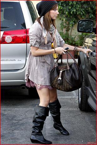 Las botas de Ashley Tisdale, en Zara