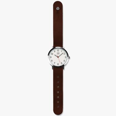 Time Machine El Nuevo Reloj De La Marca Mexicana Treinta Y Tres Con Aire Minimalista
