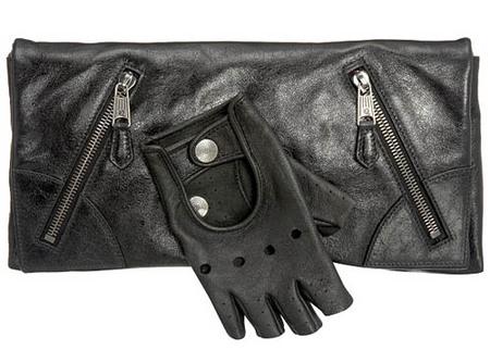 El Glove Clutch de Alexander McQueen