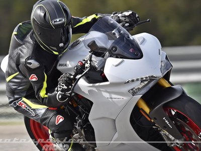 Si te quedaron ganas de saber cómo se mueve la Ducati Supersport, aquí va nuestra prueba en vídeo