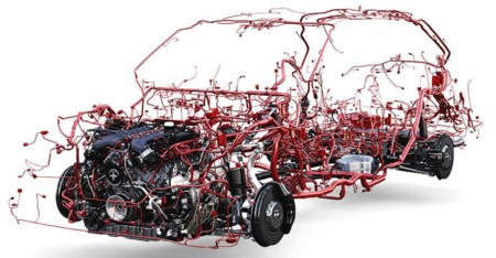 Este es el sistema nervioso del Bentley Bentayga y sus 50 kg de cable