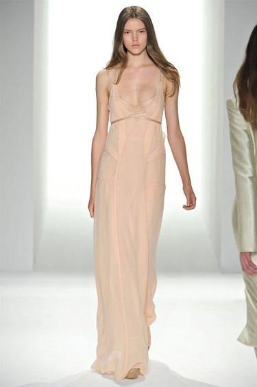 Calvin Klein Primavera-Verano 2012: ¿sencillo yo? Sí, y a mucha honra