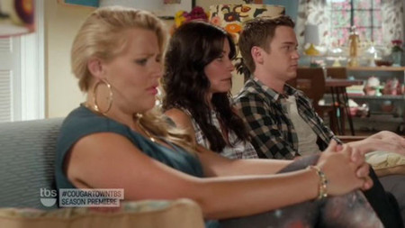 CougarTown_review_2