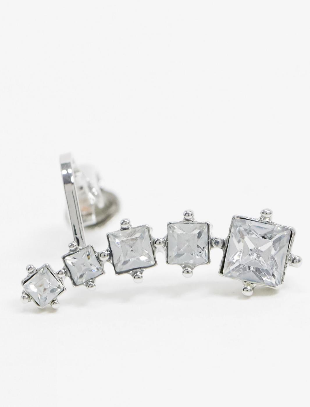 Ear cuff en tono plateado con cristales glamurosos de ASOS DESIGN