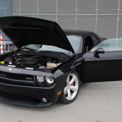 dodge-challenger-srt8-por-oct-tuning