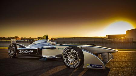 Bernie Ecclestone continúa su cruzada en contra de la Fórmula E