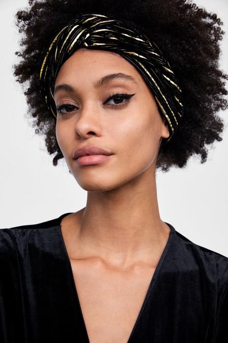 12 accesorios para el pelo que pueden salvar tu look de Nochevieja 8e1c8031061c