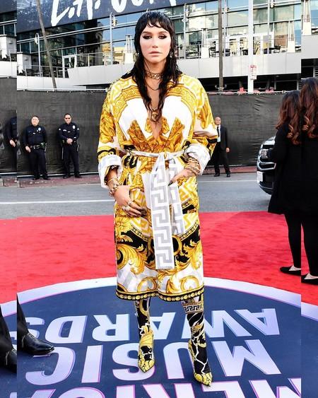 Kesha Versace Amas 2019 01
