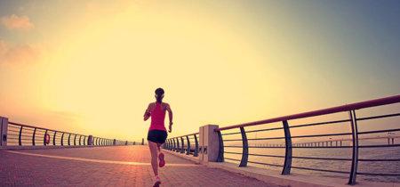 Salir a correr en verano: esto es todo lo que tienes que saber